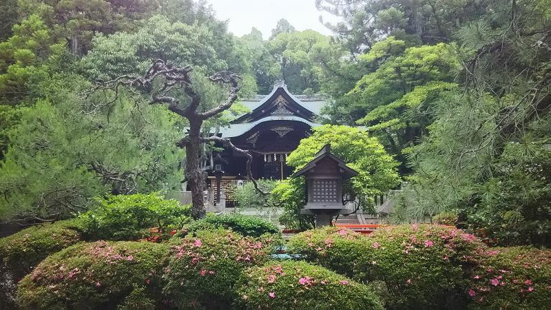岡崎神社 / 京都 ブログ ガイド