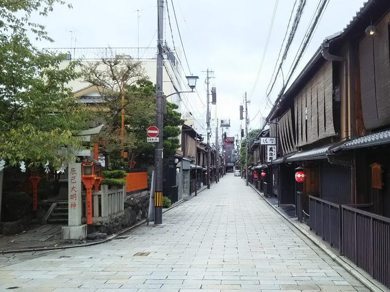 辰巳神社 / 京都 ブログ ガイド