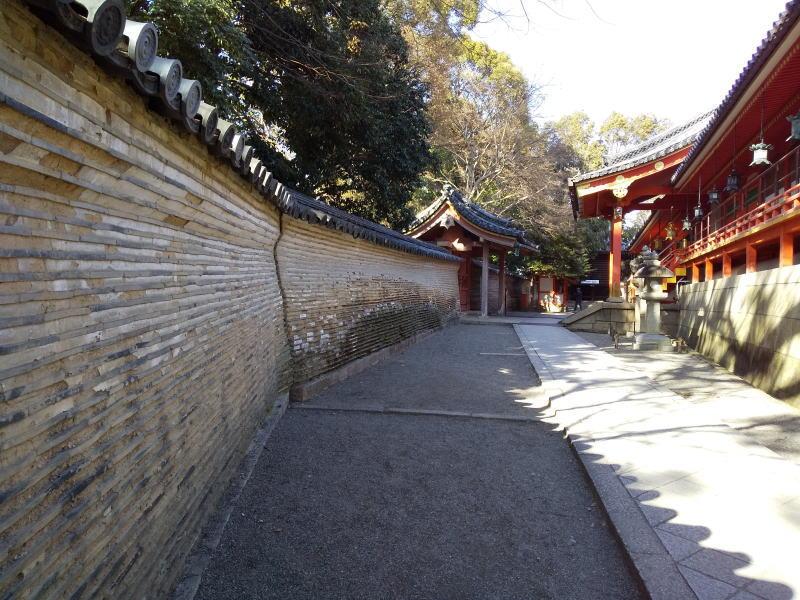 石清水八幡宮 信長塀 / 京都 ブログ ガイド